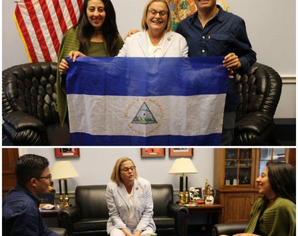 Ileana Ros- Lethinen se reúne con representantes de la coalición universitaria de Nicaragua